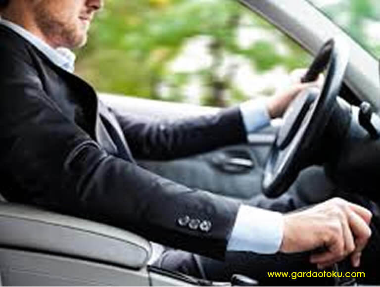 Garda Oto ; Asuransi Terbaik Di Surabaya Untuk Mobil Daihatsu