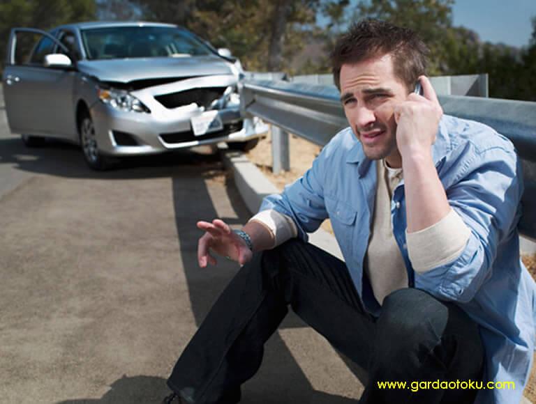 Garda Oto ; Cara dan dokumen yang diperlukan untuk mengasuransikan Mobil