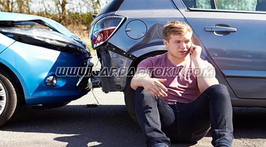 Asuransi Mobil All risk atau comprehensive