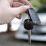 Kunci dan remot mobil
